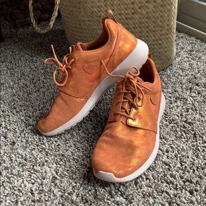 Nike Roshe One PRM shoes